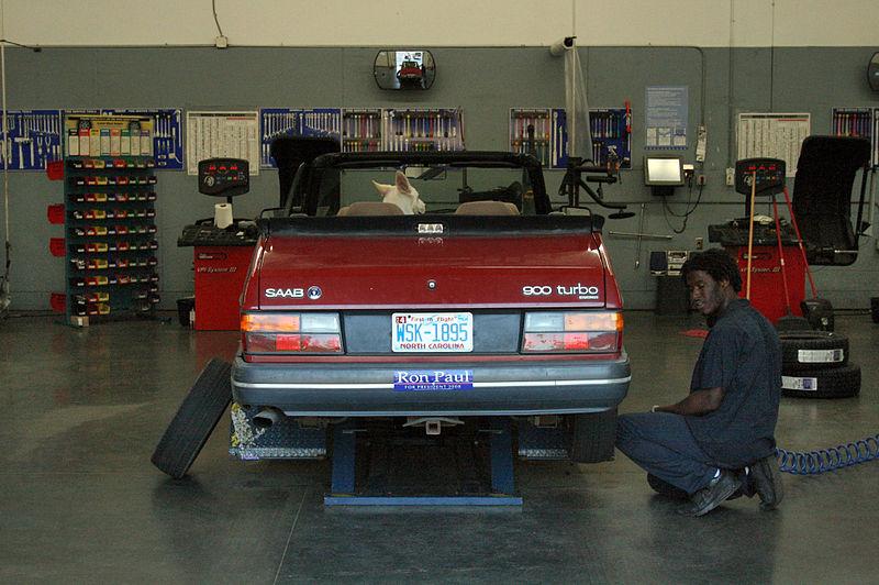 garage door company name ideas - Automobile repair shop Dreams Nest